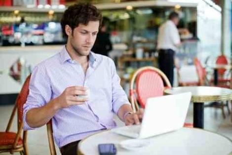 UNEMPLOYED MAN FANCIES HIMSELF A WRITER